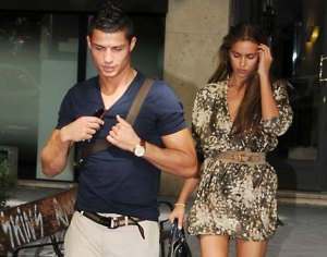 cristiano-ronaldo-and-irina-shayk-walking