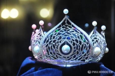 miss-russia-2010-crown-2-468x310