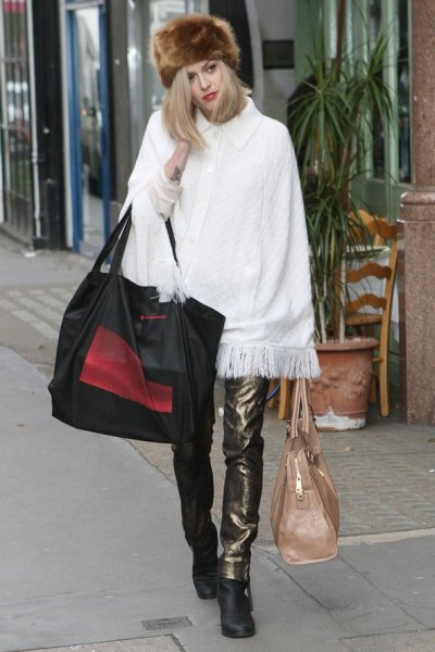 russian-fashion-trend-street-style-fur-hat-7