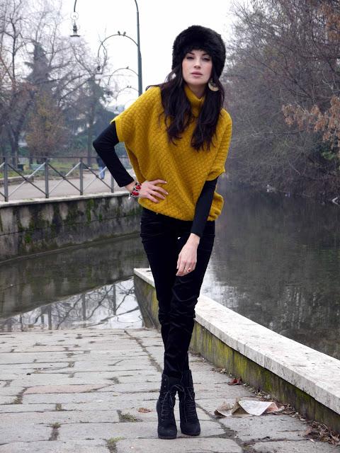 A Black Yellow Street Style Look Zaychishka