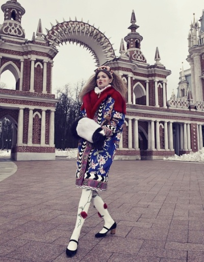 The-Anastasia-Of-Winter-Lindsey-Wixson-By-Emma-Summerton-For-Vogue-Japan-December-2013-08