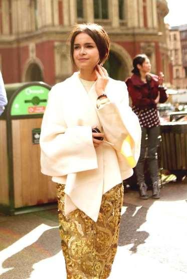 Miroslava-Duma-golden-skirt