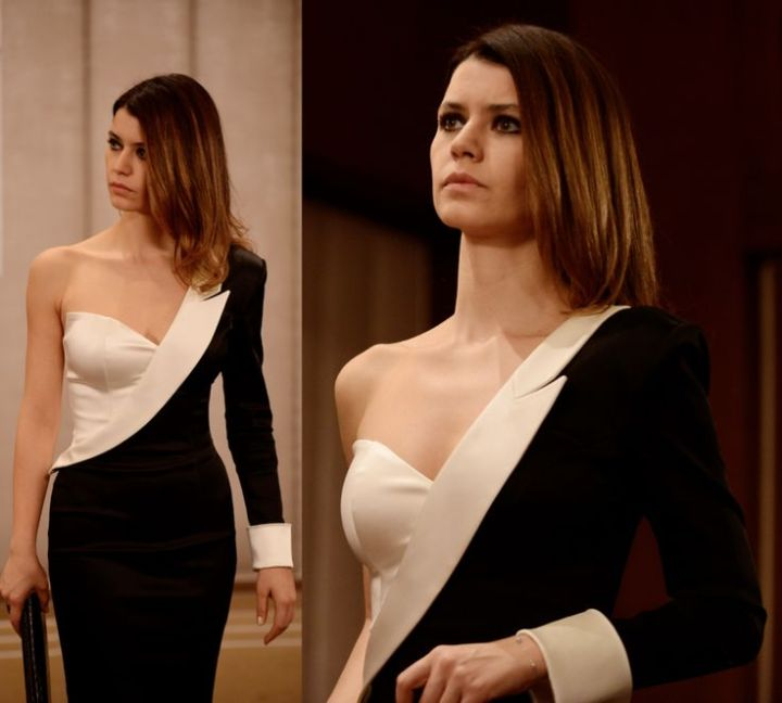 Beren Saat's Famous Tuxedo Dress StyleInspiration