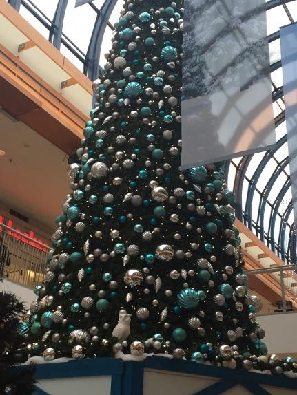 ChristmasTreeMall.jpg